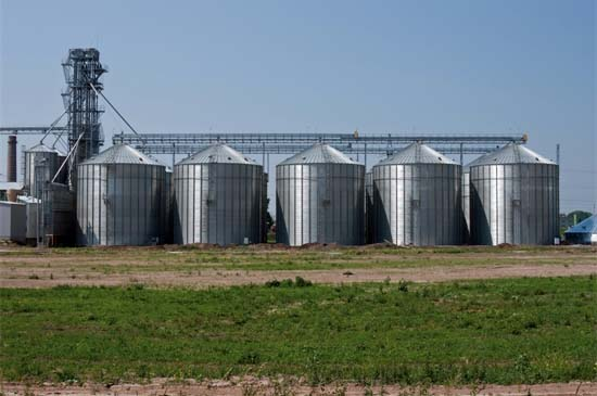 Industrialized Farm Grain Dryers