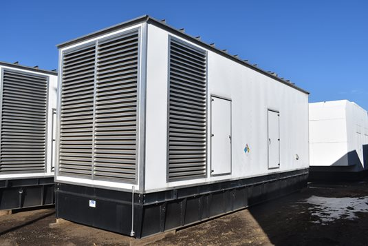 Cummins 1500 kW Generators for Parallel Operation