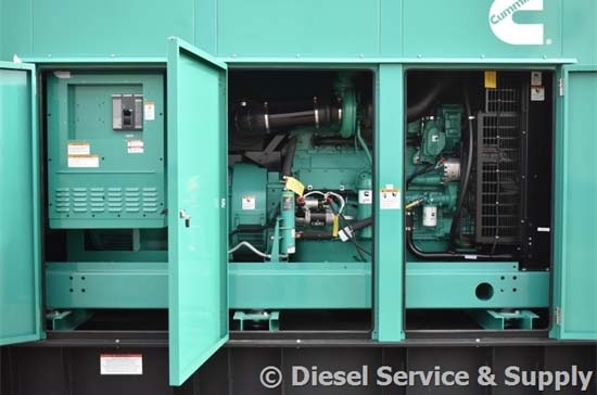 Cummins 500 kW Generator Set & Circuit Breaker